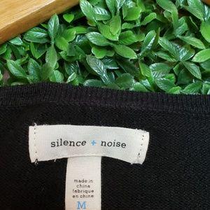 🤫silence + noise lightweight sweater Size M🤫